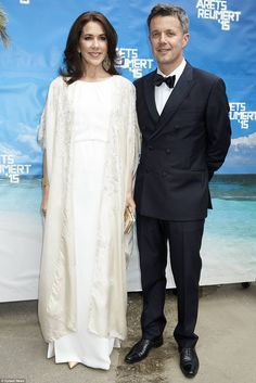 Vision in white:Crown Princess Mary and Crown Prince Frederic attended the 2015 Reumert A...