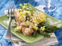 Laksefilet med asparges og mango.    KK.no