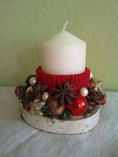 Christmas Decoration Christmas Advent Wreath, Handmade Christmas Decorations, Christmas Gift Box, Christmas Candles, Christmas Centerpieces, Xmas Decorations, Homemade Candles, Homemade Gifts, Illustration Noel