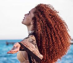 Hair color curly red afro 23 New Ideas Crazy Curly Hair, Long Curly Hair, Curly Girl, Curly Hair Styles, Natural Hair Styles, Curly Ginger Hair, Pelo Natural, Long Natural Hair, Natural Curls