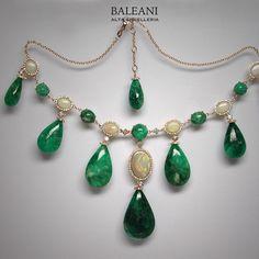 Discover the World of BALEANI ALTA GIOIELLERIA! www.baleanigioielli.it #baleanialtagioielleria
