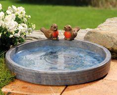 Granitfarbene Vogeltränke mit 2 braunen Spatzen aus Keramik - Schöne Vogeltränke mit zwei Keramik-Spatzen.