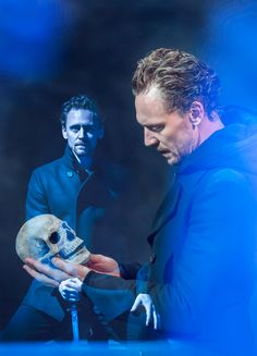 """""""Second off, OH MY FUCKING GOD!!!! I just…there are NO WORDS! The play starts out with HIddleston sitting at a piano, silence, then he starts playing AND SINGING! It was this absolutely heartbreaking song and the whole theater is dark except for one spotlight right on Tom ..."""" Read more: http://maryxglz.tumblr.com/post/165042371972/sohamlet"""