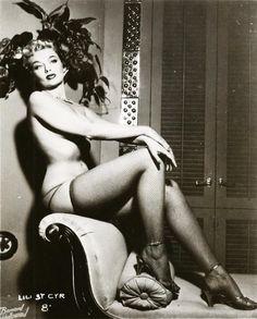 Lili St. Cyr, burlesque