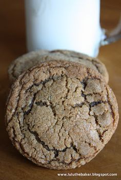 molasses crinkles cookies. Recipe calls for shortening and spices can be doubled. May give these a try. Picture looks amazing!