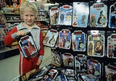 Richard Fenton-Smith started collecting Star Wars toys as a child but eventually sold them - something he regrets now. Star Wars Toys, Star Wars Art, Retro Toys, Vintage Toys, Vintage Space, Star Wars History, Star Wars Merchandise, Star Wars Action Figures, Cartoon Tv