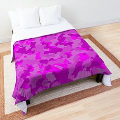 'Pink Camo design' Comforter by MidnightBrain Plum Comforter, Duvet Bedding, Camo Designs, Pink Camouflage, Make Your Bed, College Dorm Bedding, Bed Covers, Comforters, Gray Color