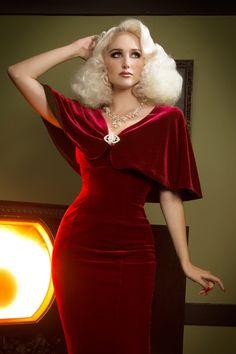 Laura Byrnes California Gilda Cape in Burgundy Velvet $84, XS