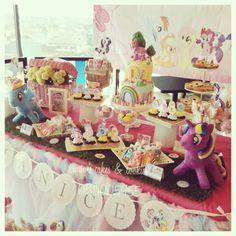 Little Ponny Dessert Table