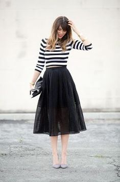 My date night go to! That's Amore Tulle Midi Skirt- Black