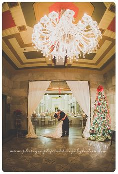 Photography & Design By Lauren- an on location photographer specializing in Weddings, Couples, High School Seniors, Families and Models based in Indiana 502.230.1907   A winter wedding at The Gillespie, Louisville KY   mistletoe