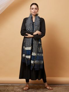The Loom- An online Shop for Exclusive Handcrafted products comprising of Apparel, Sarees, Jewelry, Footwears & Home decor. Dress Indian Style, Indian Dresses, Indian Outfits, Salwar Designs, Kurti Designs Party Wear, Silk Anarkali Suits, Silk Dupatta, Casual Indian Fashion, Ladies Fancy Dress