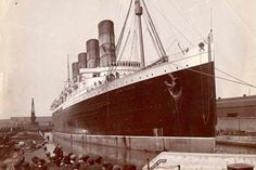 """RMS """"Lusitania"""" in Canada dock, Liverpool, 18 July 1907"""