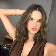 ale | Current Obsession: Alessandra's New Haircut