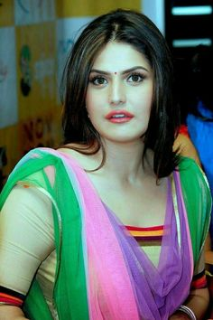 Zareen Khan in green Beautiful Girl Indian, Most Beautiful Indian Actress, Beautiful Girl Image, Beautiful Saree, Beautiful Models, Beautiful Figure, Bollywood Actress Hot Photos, Bollywood Girls, Beautiful Bollywood Actress