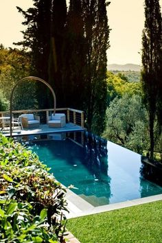 Infinity In-Ground stone swimming pool by INDALO PISCINE