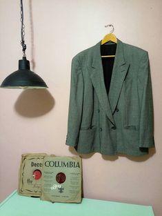 Vintage mens Suit 70s Mens Suit Gray Suit men clothing