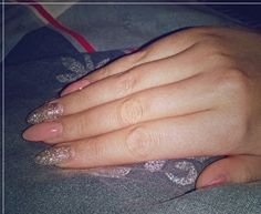 Nailart – Light pink with silver glitter ♥