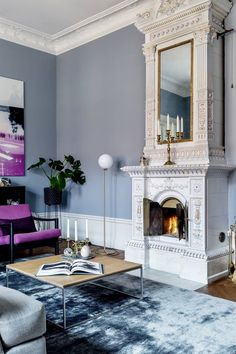 Modern blue and white rooms. Traditional, modern and transitional decor in navy blue, french blue, light blue, dark blue and white. South Shore Decorating Blog