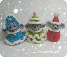 Christmas Yarn, Christmas Holidays, Christmas Ornaments, Crochet Mouse, Knit Crochet, Xmas Decorations, Handmade Toys, Softies, Crochet Patterns