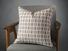 Beige Pillow, Gray P
