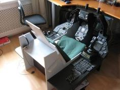 Falca's very advanced Akers-Barnes pit with panels and switches showing just how far the basic design can be taken Star Citizen, Game Room Chairs, Flight Simulator Cockpit, Gaming Computer Setup, Ejection Seat, Diy Tech, Best Flights, Desk Setup, Home Room Design