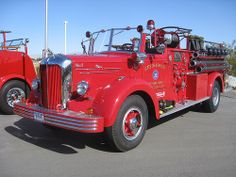 1952 Mack Fire Truck ★。☆。JpM ENTERTAINMENT ☆。★。