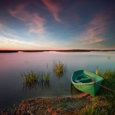 Green Boat - © Dariusz Klimczak (Poland)