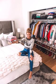 Organizing My NYC Apartment - Welcome to Olivia Rink My NYC Apartment Gets Professionally Organized Closet Bedroom, Closet Space, Bedroom Apartment, Room Decor Bedroom, Apartment Interior, Apartment Living, Small Apartment Closet, City Apartment Decor, Apartment Layout