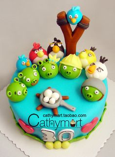 I'm not obsessed with Angry Birds like some of my friends are, but this cake is SO cute!!