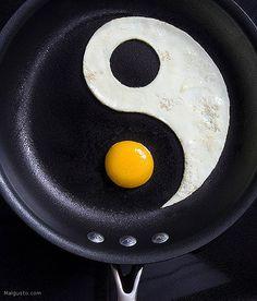 Egg yin yang