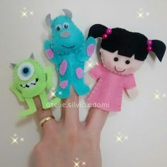 Good idea! #Feltfingerpuppets Felt Puppets, Felt Finger Puppets, Fun Activities For Kids, Craft Activities, Finger Puppet Patterns, Felt Fairy, Felt Quiet Books, Felt Dolls, Felt Ornaments