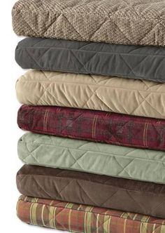 """All dogs will find comfort and relief in the warmth and support offered by a thick cushion of memory foam engineered specifically for them. The included water-resistant, breathable liner keeps the odor-resistant memory foam clean and dry. Sizes S, M, and L are 3"""" thick; size XL is 4"""" thick. Cover is removable and washable. Imported."""