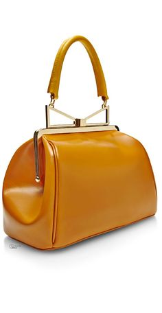 Lady Me Large Leather Handbag Garnished With A Bow Embellished Handle Sara Battaglia S Tote Seamlessly Combines Feminine Quirk Classic