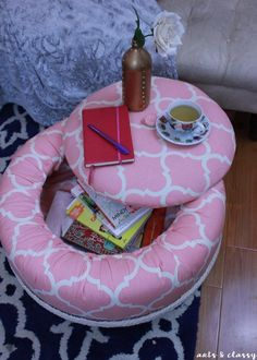 DIY Ottoman With Storage DIY Chic Storage Ottoman Project Tutorial – Tire Upcycle – I decided to gift my project to my mom. She is retiring this week and she just moved into her dream h Tire Ottoman, Crate Ottoman, Diy Storage Ottoman, Chair And Ottoman, Tyres Recycle, Diy Recycle, Reuse, Tire Craft, Recycling