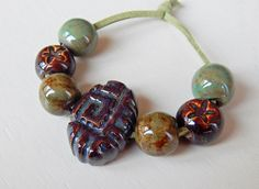 Hand-carved Set 6 beads and 1 big-bead of porcelain by Majoyoal
