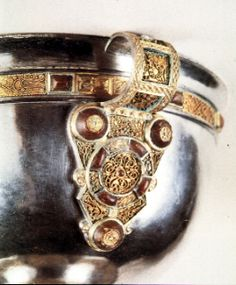 ►CELTIC ART: Early Medieval ► Ministerial Chalice Detail, Handle Type of object: Vessels (metalwork)  Material: silver, gold, amber  Period: Early Medieval, Celtic  Find spot: errynaflan, Co. Tipperary  Country: Ireland  Date: ea.9th c. CE  Collection: Dublin, National Museum of Ireland