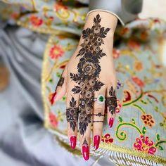 Latest Henna Designs, Stylish Mehndi Designs, Mehndi Designs For Beginners, Mehndi Design Photos, Beautiful Mehndi Design, Finger Henna Designs, Bridal Henna Designs, Mehndi Designs For Fingers, Henna Tattoo Designs