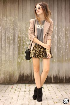FashionCoolture - look du jour Dafiti leopard skirt leather jacket Santa Lolla boots (1)