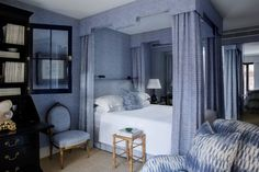 Lovely blue and white bedroom by Cameron Kimer | La Dolce Vita
