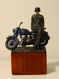 Mike's Modeling: BMW R75 #2