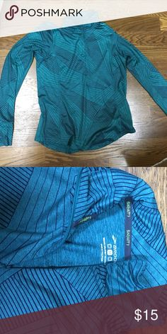 Brooks running pullover Beautiful teal pull over with half zip and thumb holes. Brooks dri-layer technology Brooks Tops