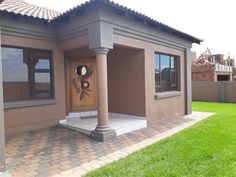 three Bed room Home For Sale in Aerorand, Middelburg, Mpumalanga, South Africa for ZAR - Easy Home Plans Tuscan House Plans, Free House Plans, Simple House Plans, Mediterranean House Plans, Beautiful House Plans, Family House Plans, Flat Roof House Designs, House Roof Design, Facade House
