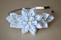 Белый ободок Мастер класс канзаши цветы из лент DIY White hair band handmade ヘア手作りの白いリム kanzashi