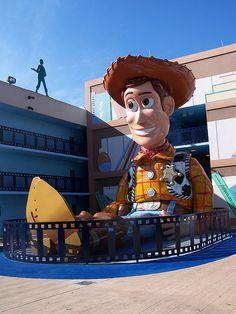 Disney All Star Movie Resort - Disney with My Little Buddy... OMG someone take me!!!!