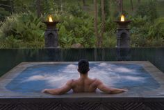 FOUR SEASONS RESORT AT CHIANG MAI, THAILAND: Designed by BENSLEY Landscape designers