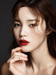 Han Eu Ddeum by Kim Moo Il for Singles Korea Wedding S/S 2016