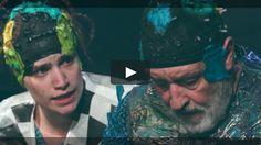 NALU UND DAS POLYMEER von Van Boxen Regie: Van Boxen Schauspielhaus Bochum  Trailer zur Produktion NALU UND DAS POLYMEER  Ein Stück Musiktheater von Martina van Boxen ab 10 Jahren Regie: Martina van Boxen  Uraufführung: 1. Oktober 2016 Theater Unten  Schauspielhaus Bochum Spielzeit 2016/17  http://ift.tt/2dArCbP  Trailer: Filmproduktion Siegersbusch Wuppertal 2016  Cast: Schauspielhaus Bochum  Tags: martina van boxen zero waste plastik schauspielhaus bochum and umweltschutz  #Theaterkompass…