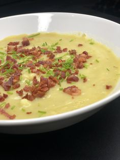 Food N, Food And Drink, Cheeseburger Chowder, Cooking Tips, Broccoli, Brunch, Menu, Soup, Healthy Recipes