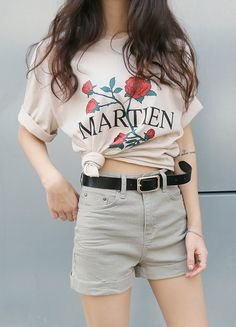 Tie this shirt like Kristen Stewart and you're all set!